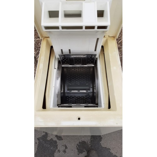 Pračka Whirlpool Horem plněná na 5kg prádla AWG680