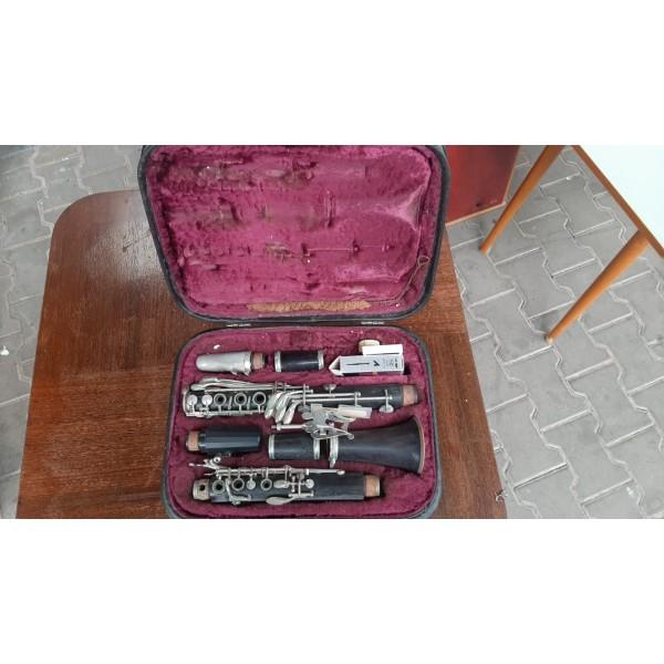 Plnoklapkový Klarinet Amati v Kufříku Hudební nástroj