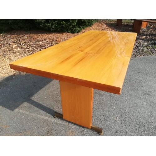 Konferenční stůl stolek Vysoký lesk Brusel  70. - 80. léta