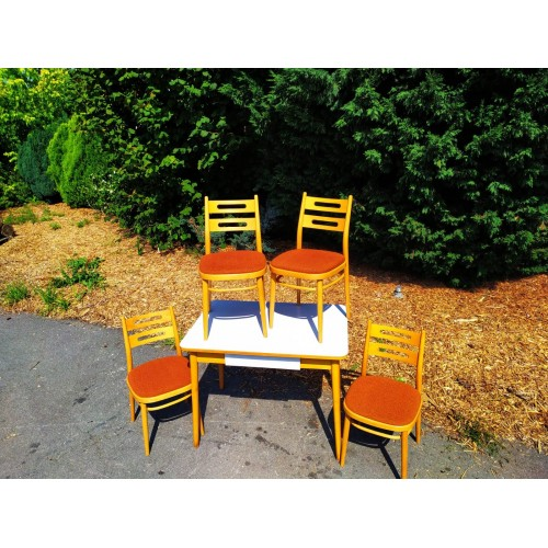 Jídelní Kuchyňský Stůl + 4x Židle TON Thonet RETRO 70.-80. léta