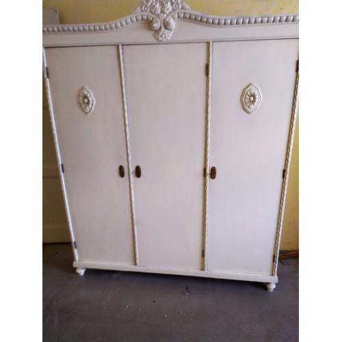 Ložnice LUDWIG - 2x Skříň, 2x Noční stolek, Postel