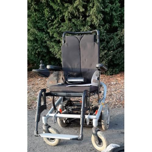 Invalidní vozík pro seniory a zdravotně postižené MEYRA